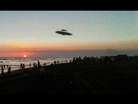?UFO Alien Sightings 2016. The Most Incredible UFOs Caught on Tape?